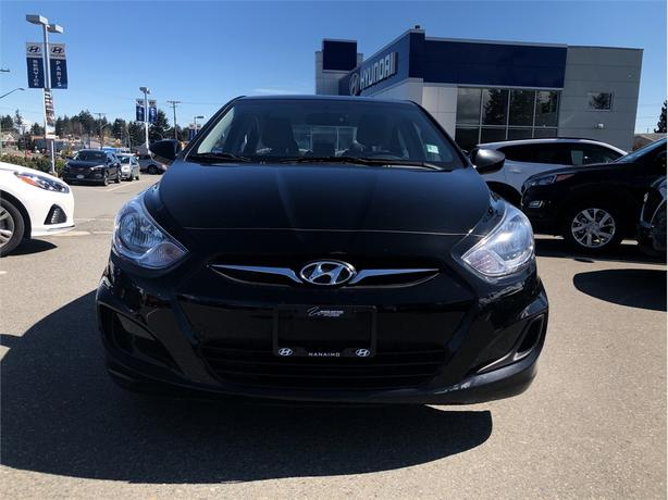 2014 Hyundai Accent GLS, Power moonroof, Heated seats, A/C