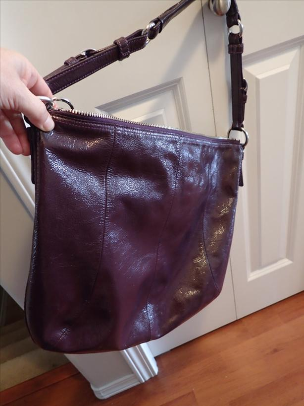 6734bd3f258 Genuine COACH, patent leather purse West Shore: Langford,Colwood ...