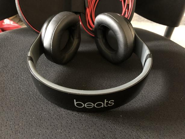 Beats studio 3 with serial number..