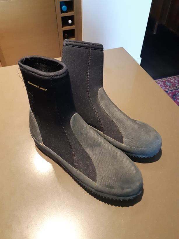 Aqua-Lung Five Boots - size 8