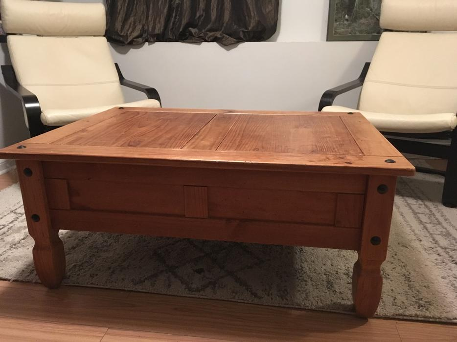 Pier One Coffee Table Victoria City Victoria Mobile