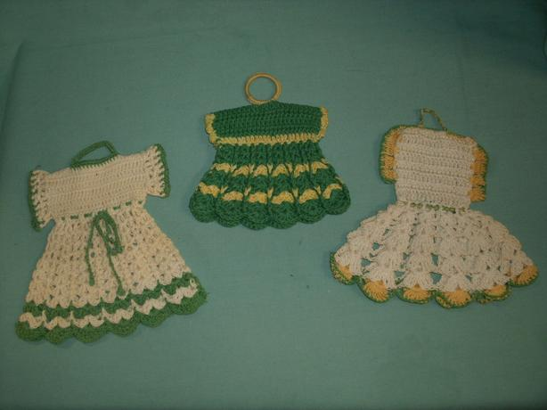 Vintage Dresses Hand crochet Pot Holders - 50% OFF