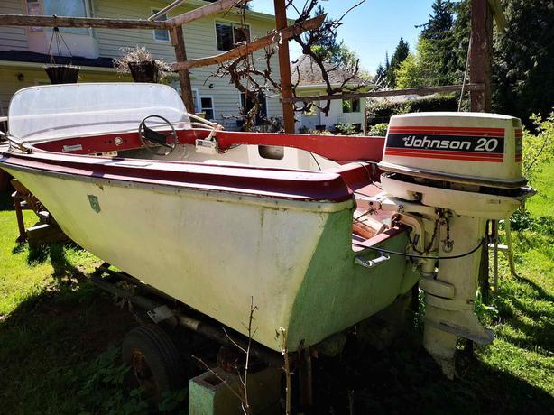 14 Ft Fiberglass Boat Parksville Nanaimo Mobile
