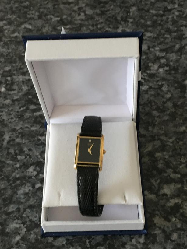 Beautiful and Elegant Ladies Rectangular Watch with Diamond