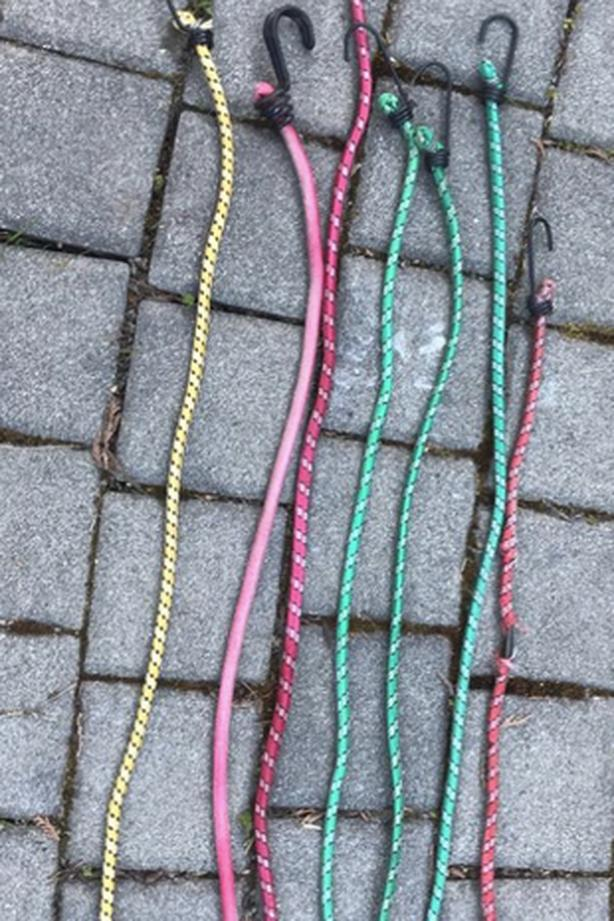 7 bungee cord