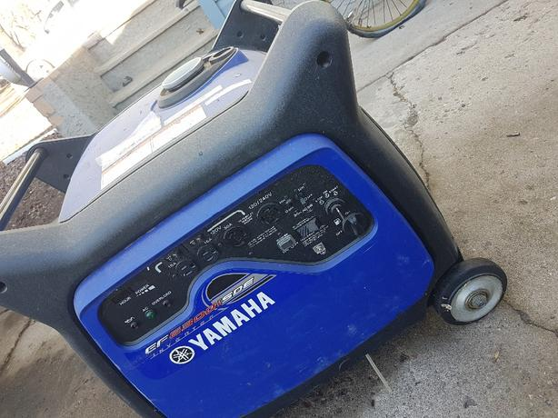 Yamaha EF6300iSDE inverter generator. Basically brand new
