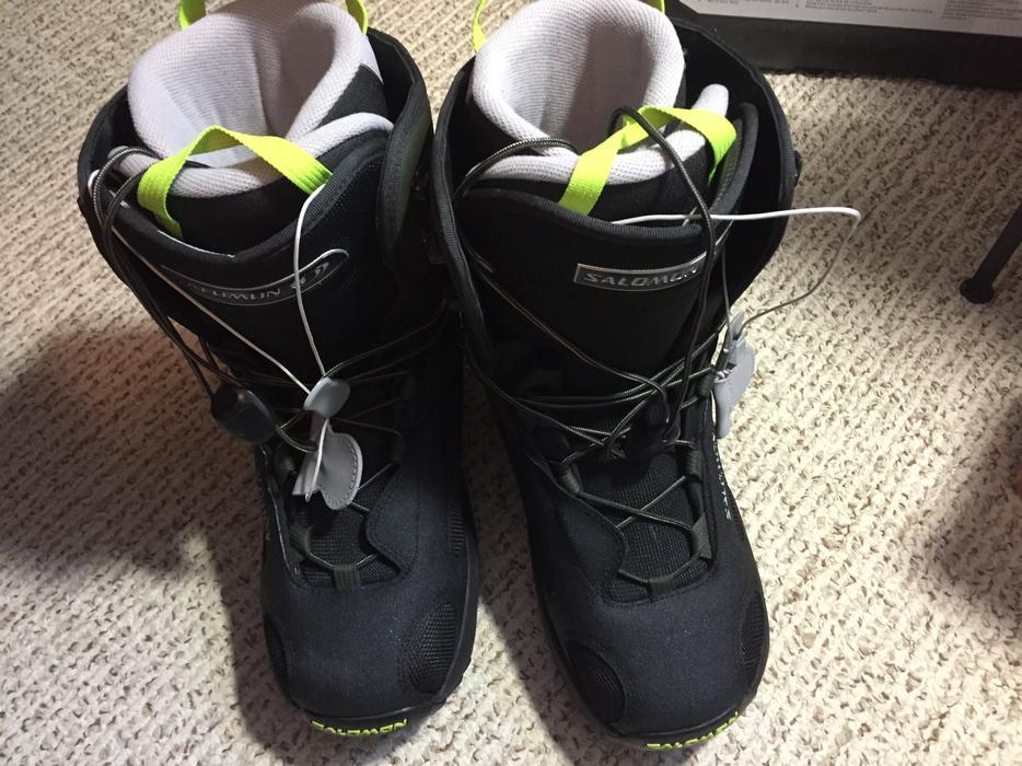 taille 40 e753b 3c98b $135 · Salomon Dialogue autofit snowboard boots