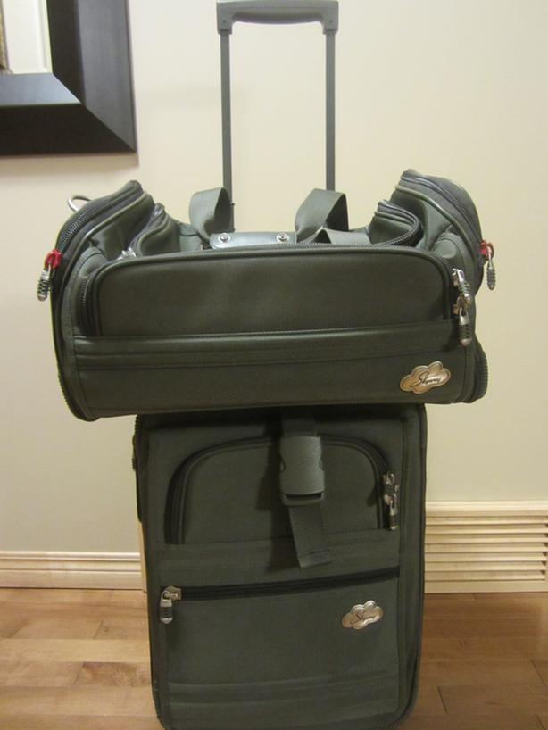 2 piece carry on luggage