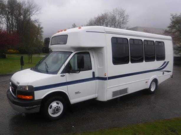 2009 GMC Savana G4500 21 Passenger Bus Diesel