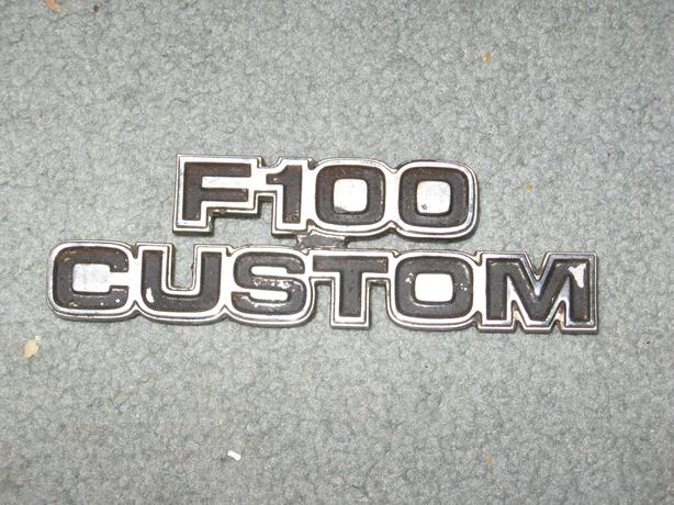 chrome metal vintage Ford F100 Emblem badge