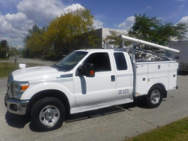 2015 Ford F-350 SD SuperCab 4WD Service truck