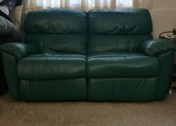 Leather Green Teal Loveseat Couch North Saanich Amp Sidney