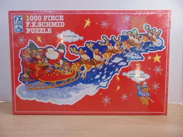 Jigsaw Puzzle FX Schmid 1000pc NEW SEALED Santa's On His Way