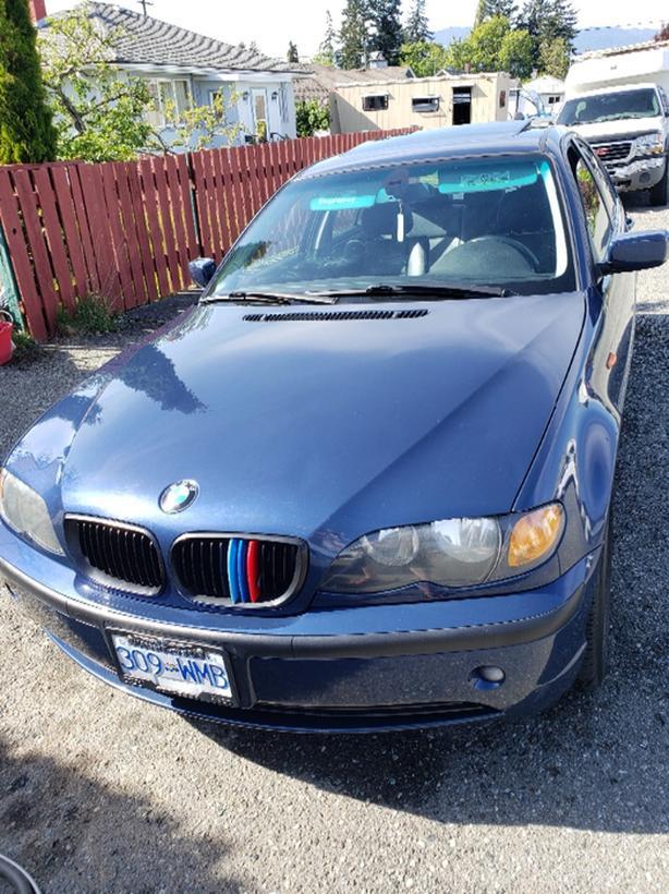 2005 BMW 320i 2.2L Automatic
