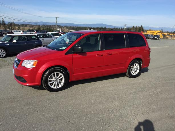 2013 Dodge Grand Caravan SXT, Dual Sliding Doors, Stow'n Go Seats
