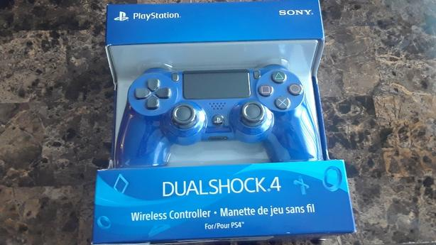 FOR SALE TWO PS4 CONTROLLERS Victoria City, Victoria
