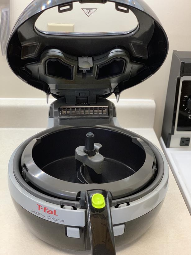 **T-FAL ACTIFRY PLUS 1.2 KG EDITION** - like New