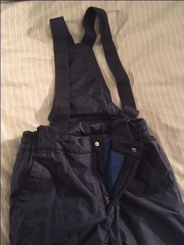 Dark blue snow pants.