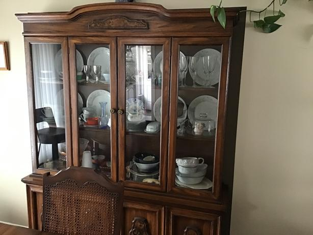 Dining room set Price Reduced