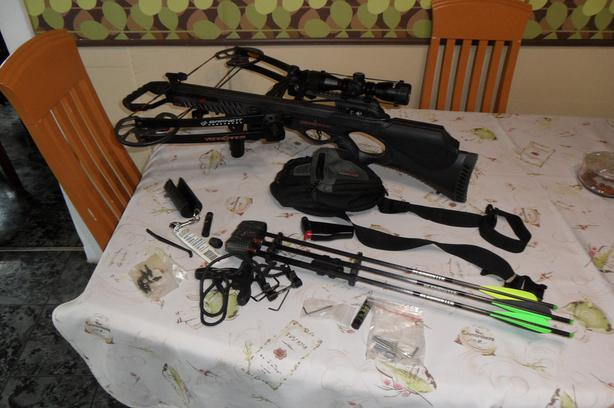 Crossbow for sale / Arbalete a vendre