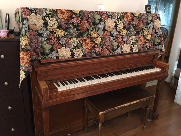 FREE: Piano