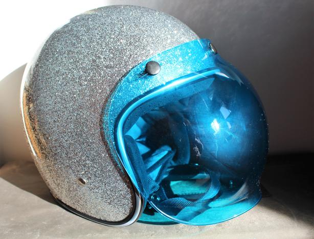 Biltwell Bonanza Sparkle Helmet (XL) with Blue Bubble Visor