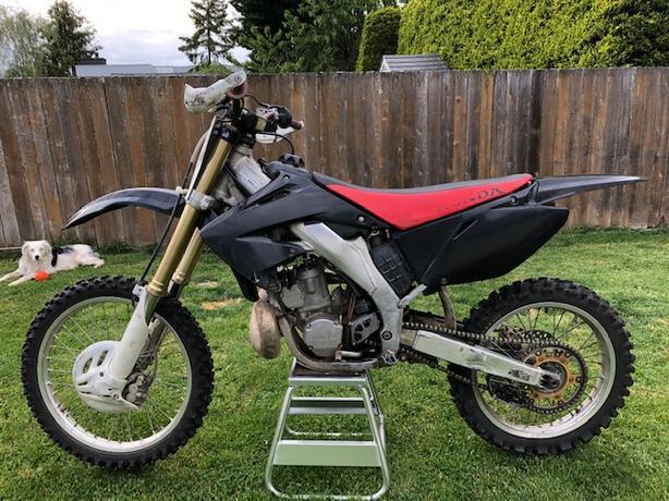 2004 honda cr250