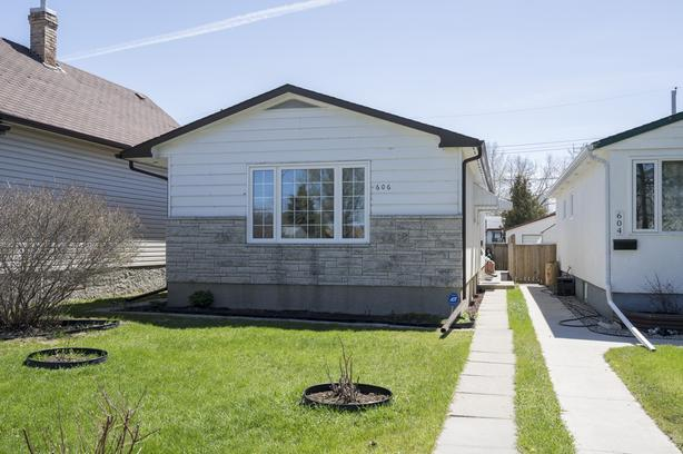 Spacious Bungalow in East Transcona - Jennifer Queen