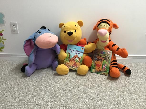 Winnie l'ourson,Tigrou, Bouriquet avec 2 livres