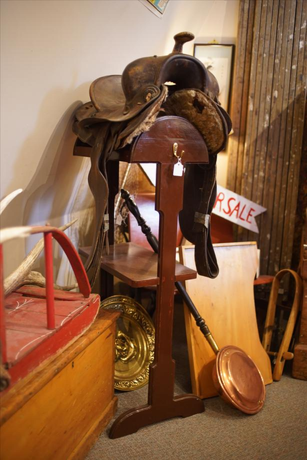 Log In Needed 50 Wood Saddle Stand And Western Saddle