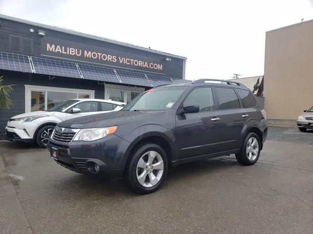 ** 2010 SUBARU FORESTER AWD - (( ONLY 57,000KMS. ))