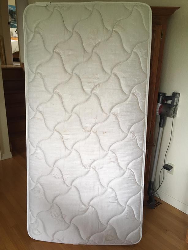 FREE: single mattress