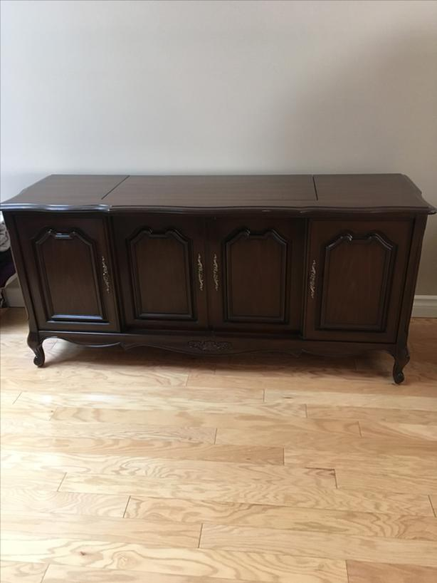 1970 S French Provincial Stereo Cabinet Saanich Victoria