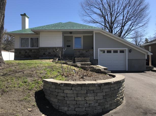 Fully Renovated Home in Alta Vista - September 1, 2019