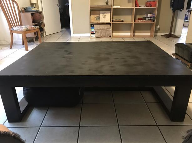FREE: Large coffee table