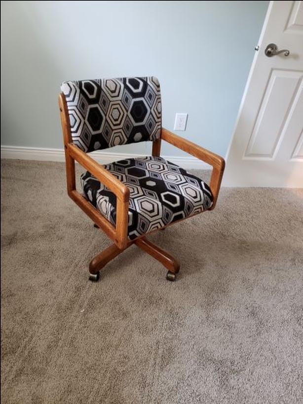 Vintage Oak armchairs with castors (6)
