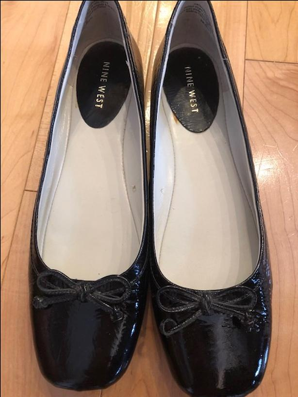 Nine West Black Patent Ballet Flats With Bow. Fits Like Size 7.5