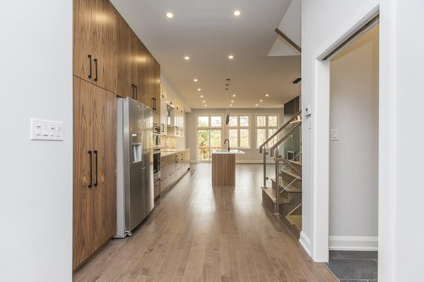 Stunning Semi detached in heart of Westboro - Loads of space