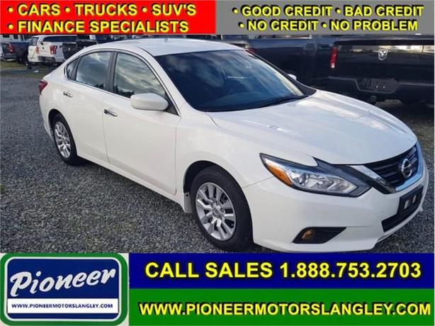 2017 Nissan Altima - Low Payments!
