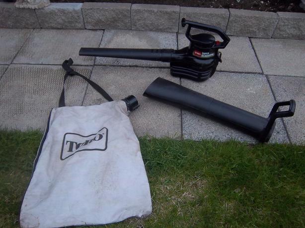 Toro Electric leaf blower and Vaccum (electric)