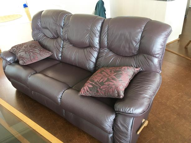 Leather Recliners, Piano, DR/BR Sets, Patio