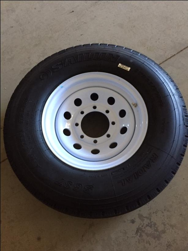 4 - Sailun Radial S637 Tires and Tires (14ply)