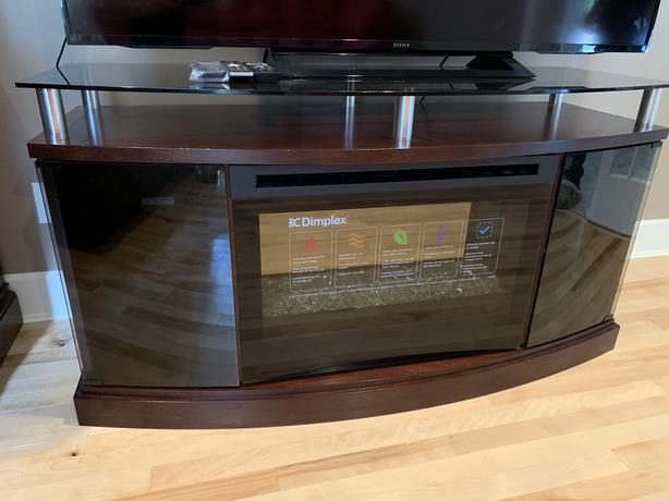 TV STAND WITH AN ANDIRON
