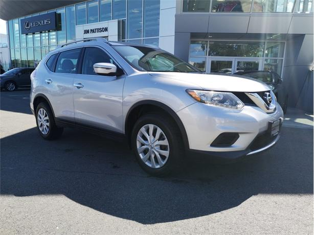 2016 Nissan Rogue S AWD No Accidents Local B.C.