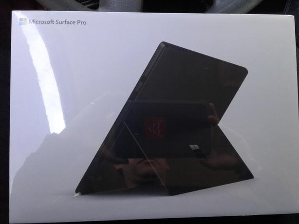 Microsoft Surface Pro 6 - 8th Gen i5 256GB/8GB Black