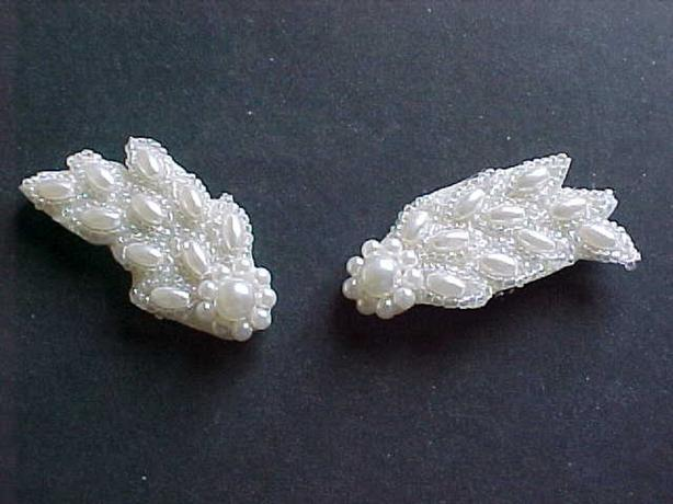WING SHAPED PEARL APPLIQUES