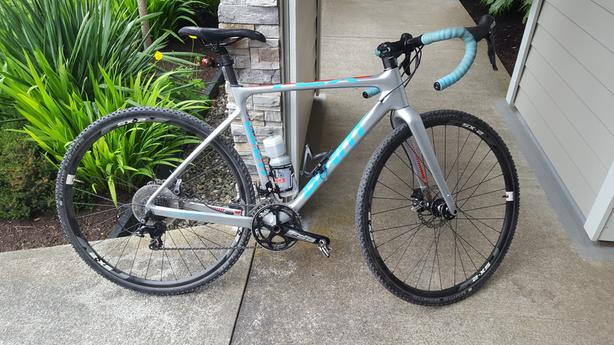 FOR TRADE: 2015 Giant TCX, carbon frame, Shimano 105