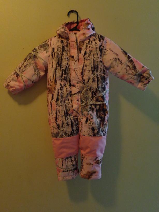 Cabela's rainsuit,snowsuit.