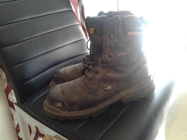 Caterpillar steel toe boots
