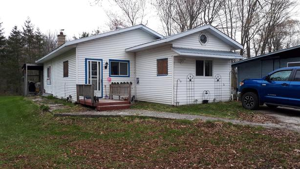 NEW PRICE - WATERFRONT ON THESSALON RIVER! 202 RIVER ROAD